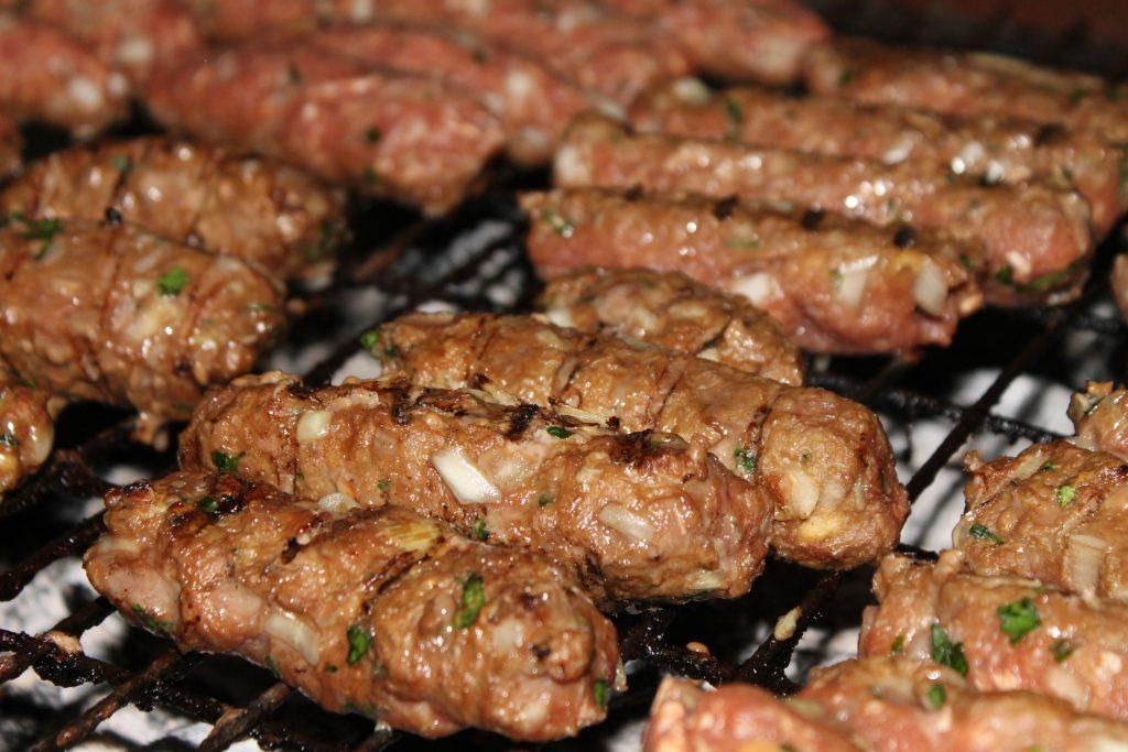 čevapćići as tasty cooking idea on a campervan road trip